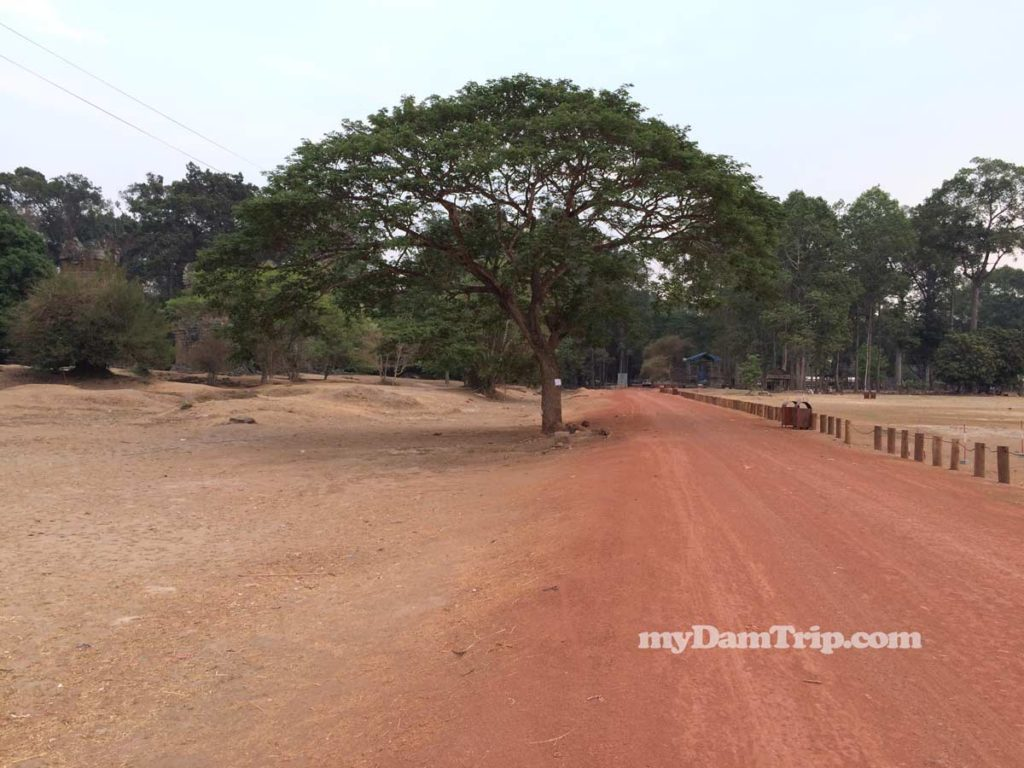 Showing Red Dirt Streets Of Angkor Thom